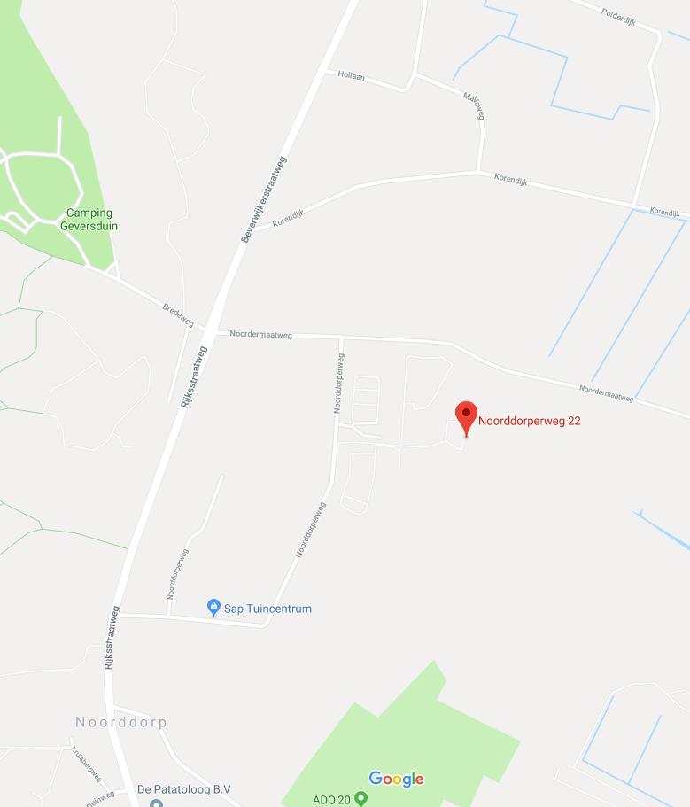 Een satelietfoto van google maps waar de club staat en omliggende wegen